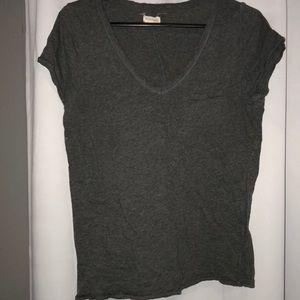 Grey pocket t shirt medium